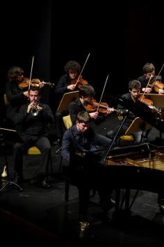 Con Oscar Carmo, César Viana y Concerto Moderno. Fuente: Concerto Moderno